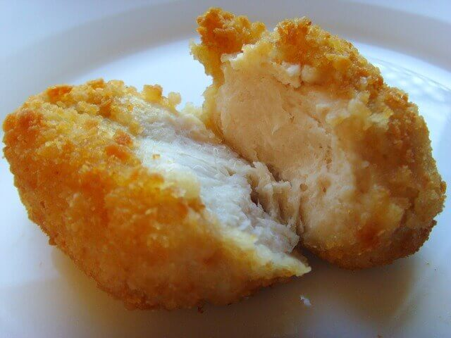 Cães podem comer nuggets de frango?