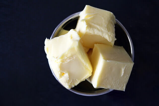 Meu cachorro pode comer manteiga?